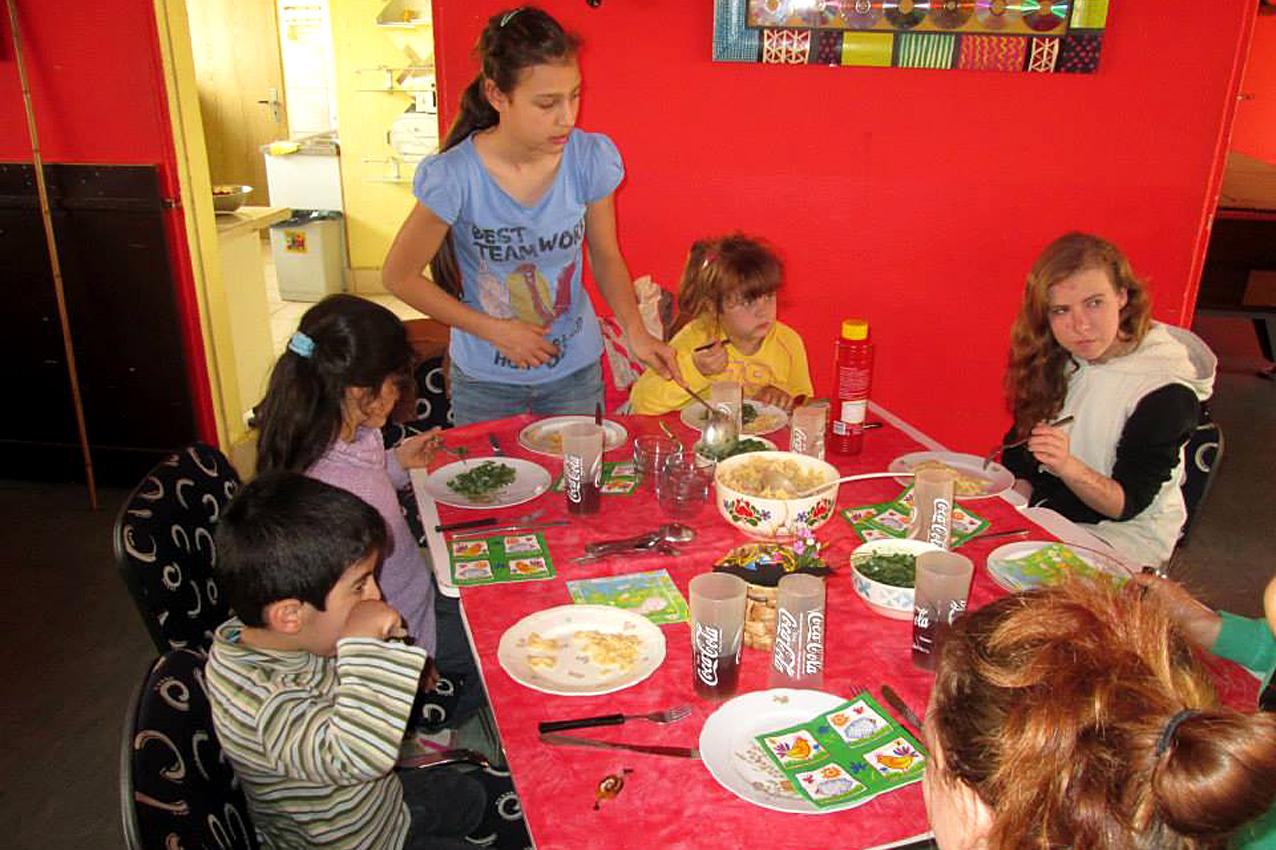 Ein Teller Gesundheit - Deutsches Kinderhilfswerk